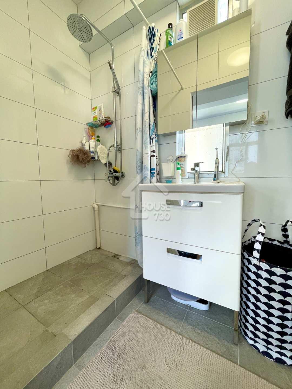 西貢市中心 西貢苑 中層 洗手間 House730-4385593